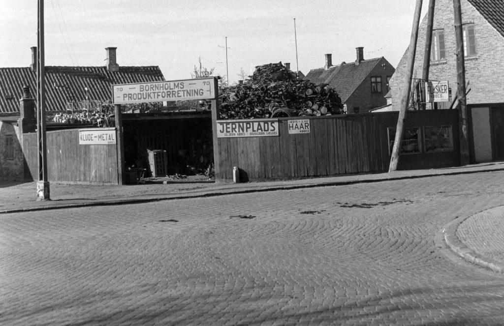 1129 - Bornholms Produktforretning - Østergade 70