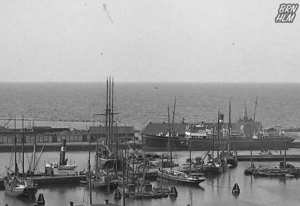 Heimdal og Svava i Rønne havn