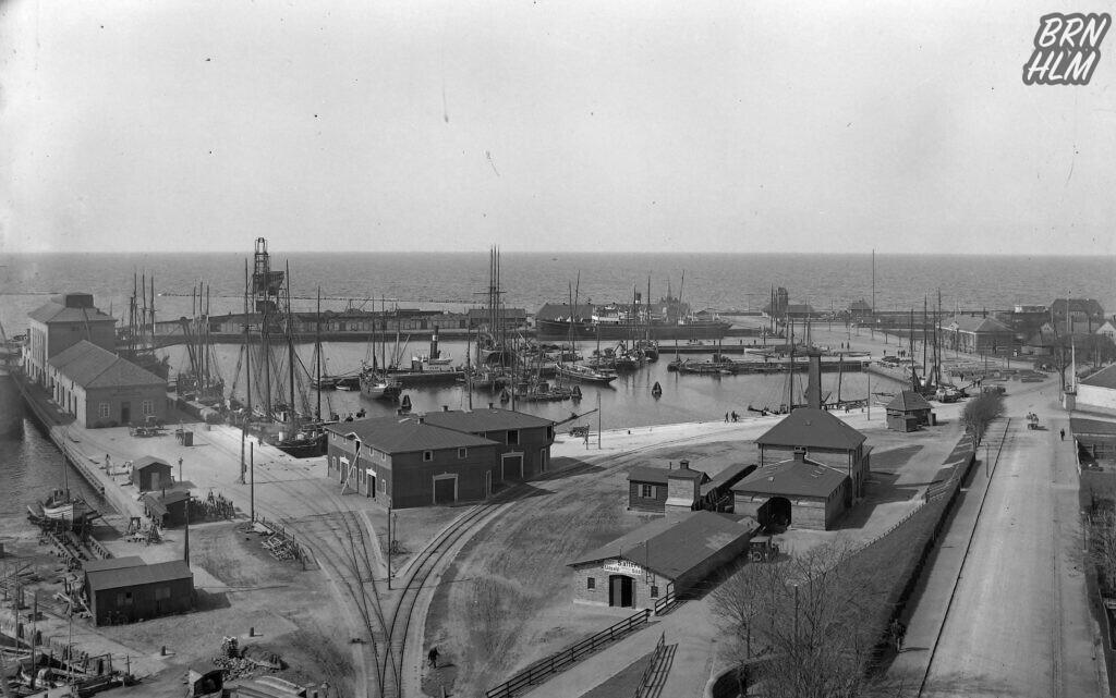 Rønne havn set fra Kirkebakken