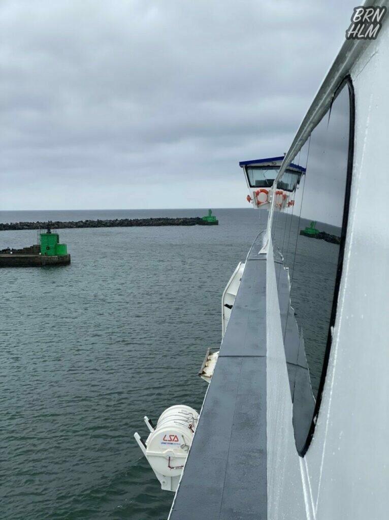 HSC Max sejer ud fra Rønne Havn - April 2021